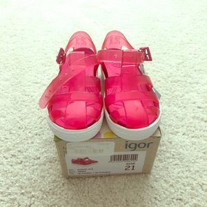 NWT - Kids Igor jelly sandals - pink size 21